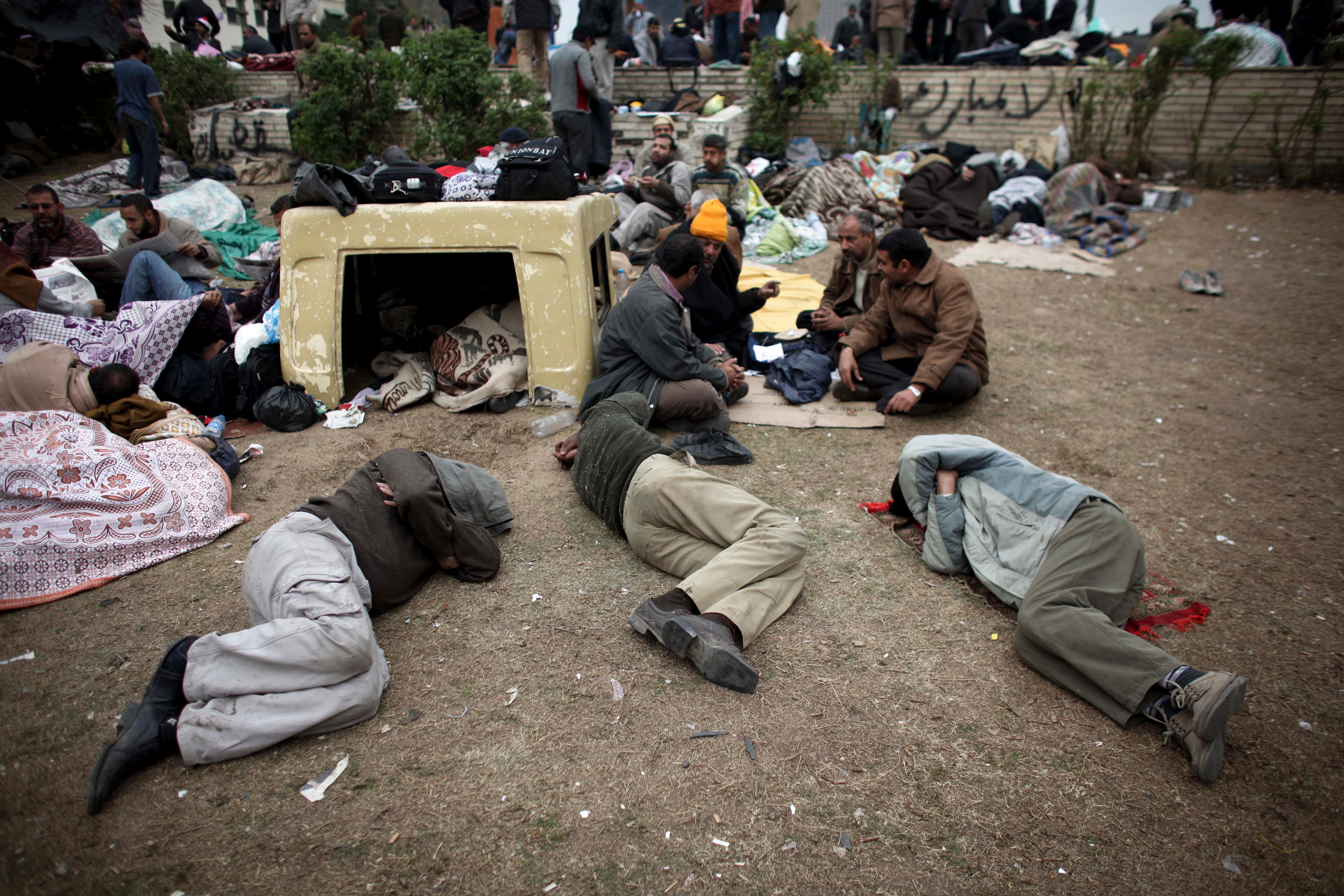 بتدخل من الولايات المتحدة ودول غربية أخرى، أطاحت احتجاجات الشوارع بالعديد من الحكومات في غرب آسيا وشمال إفريقيا.